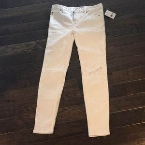 NWT Free People white ripped skinny jeans size 26